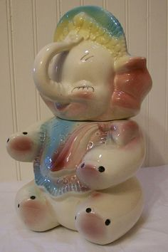 I have had a cookie jar like this since I was little.  LOVE IT!!!