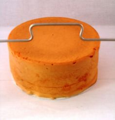 How to cut and fill a cake