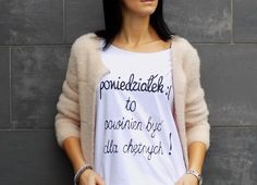"""t-shirt luźny fason """"PONIEDZIAŁEK :( """" - AK-Creativo - Koszulki z napisami"""