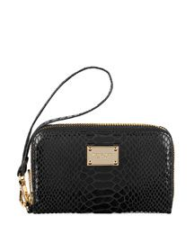 3d1d26544b0a7c Michael Kors IPhone Zip Wallet - it has a pocket for my iphone to fit in