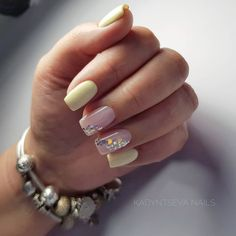 Choose from an Amazing Array of Nail Art Design Dream Nails, Love Nails, Pretty Nails, Bridal Nails Designs, Nail Art Designs, Classy Nails, Stylish Nails, Manicure And Pedicure, Gel Nails