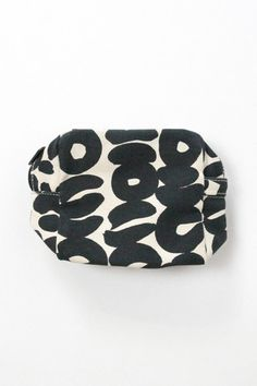 Small Cosmetic Bag - Black – The Impeccable Pig Black And White Makeup, Small Cosmetic Bags, Sunglasses Case, Cosmetics