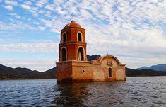 Iglesia hundida de Churumuco, Michoacán. Iglesias abandonadas de México.
