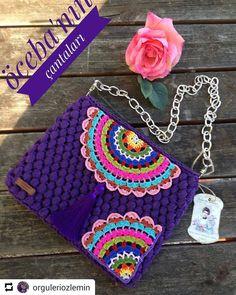 Marvelous Crochet A Shell Stitch Purse Bag Ideas. Wonderful Crochet A Shell Stitch Purse Bag Ideas. Crochet Handbags, Crochet Purses, Crochet Dollies, Crochet Crafts, Crochet Projects, Love Crochet, Knit Crochet, Crochet Shoulder Bags, Crochet Pouch