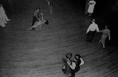 Du Noir et du Blanc, les photographies de Michael Abramson dans le Chicago des années 70 - L'Œil de la photographie