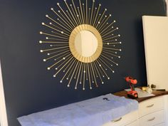 DIY - Sunburst Mirror, I have all the supplies to do this except the gold or silver metallic paint. Can't wait to start it!