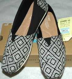 TOMS Women's Classic Black Woven Diamond Shoes Size 10 #TOMS #LoafersMoccasins #CasualFootwear