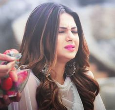 Jennifer Winget Beyhadh, Artists For Kids, Girls Dpz, Happy Moments, Looking Gorgeous, Indian Bridal, Asian Woman, Actresses, Long Hair Styles