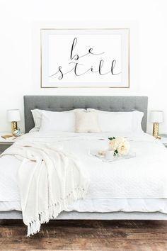 relaxing bedroom decor all white bedding