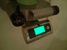 waterguide sidder her på blandings batteriet og hjælper med at spare på vandet, det betaler sig og man får en god samvittighed