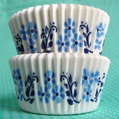 Hundreds of baking cups and cupcake liners, including mini baking cups and bulk baking cups. Paleo Cookbook, Cupcake Wrappers, Baking Cups, Baking Cupcakes, Baking Supplies, Cake Shop, Baked Goods, Delicious Desserts, Sweet Tooth
