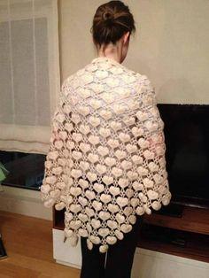 Knitted Shawls, Crochet Scarves, Crochet Shawl, Crochet Infinity Scarf Free Pattern, Crochet Patterns, Baby Pink Colour, Bridal Bolero, Viking Tattoo Design, Sunflower Tattoo Design
