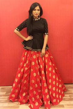 30 Crop Top Lehengas Ideas Lehenga Designs Indian Outfits Indian Designer Wear