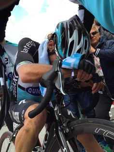 Etixx - Quick-Step @Etixx_QuickStep Great job today @UranRigoberto ! #Giro pic.twitter.com/YEwcoIYpFP