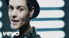Music video by Abraham Mateo performing Señorita. (C)2013 Sony Music Entertainment España, S.L.