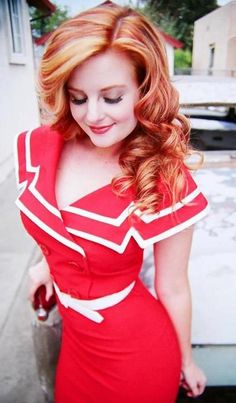 love that dress! love that hair #redheads