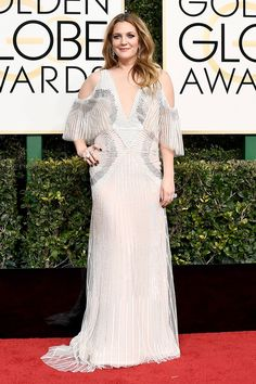 Drew Barrymore in Monique Lhullier at the Golden Globes 2017 Red Carpet Arrivals