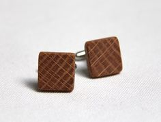 thewoodlot reclaimed oak cufflinks: an oak tree, then a shim holding up a whiskey barrel while it aged and now cuff links - a well loved bit of tree : )