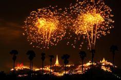 Stardust Memory - Phra Nakorn Khiri fireworks 2011  Location : Phetchaburi province, Thailand