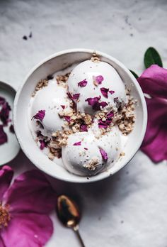 Vegan coconut + rose petal ice cream with cardamom crumble topping - Call Me Cupcake Healthy Ice Cream, Vegan Ice Cream, Gourmet Ice Cream, Coconut Cream, Coconut Milk, Crumble Recipe, Crumble Topping, Frozen Desserts, Frozen Treats
