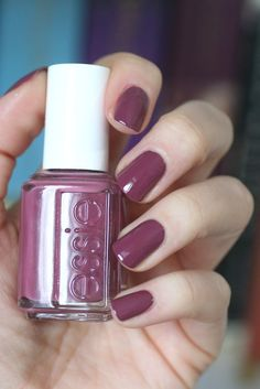 essie Cuddle With Color Fall 2009 Nail Polish Colors Angora Cardi for sale online Colorful Nail Designs, Cute Nail Designs, Cute Nails, Pretty Nails, Hair And Nails, My Nails, Manicure, Nail Polish Colors, Nails Inspiration