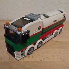 @alex_lego_city has built a copy of #KeepOnBricking LEGO Octan 8x8 tanker #lego#legocity#octan#legooctan#legovolvo#legotruck