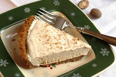 Egg Nog Pie with Gingersnap Crust - an easy make-ahead pie perfect for the holidays with all the flavors we love during the holidays!
