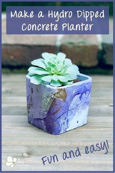 Use a bin of water and acrylic spray paint to hydro dip objects to create a unique marbling look. This is a super fun water transfer painting technique. #artsyprettyplants #paintpouring #paintingtechnique #DIYcrafts Diy Concrete Planters, Diy Planters, Concrete Crafts, Concrete Projects, Diy Hydro Dipping, Resin Uses, Acrylic Spray Paint, Outdoor Crafts, Water Transfer