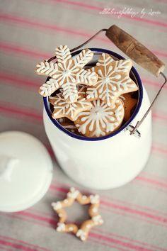 Image via We Heart It https://weheartit.com/entry/147992524/via/22479747 #christmas #Christmastime #cold #love #snow #winter #xmas #christmasspirit