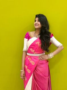 Kerala Saree Blouse Designs, Saree Blouse Neck Designs, Saree Blouse Patterns, Designer Blouse Patterns, Bridal Blouse Designs, Saree With Belt, Saree Belt, Saree Dress, Lehenga Blouse