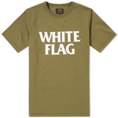 A brand dedicated to producing practical, workwear inspired designs since it was first established in 1889, Detroit based Carhartt deliver this Military tee in a single cotton jersey construction. Classic in its design, the t-shirt has been built to last and features a graphic 'White Flag' print to the chest. Finished with a simple crewneck, the contemporary staple is sure to become an essential for your casual wardrobe. 100% Cotton 'White Flag' Typography Ribbed Crew Neckline Side Seam Logo…