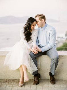 Photography: Coco Tran - cocotranphotography.com Read More: http://www.stylemepretty.com/2014/03/28/san-francisco-golden-gate-bridge-engagement-session/