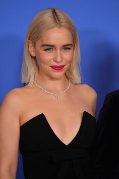 Love Her, but I really really don't like her aa blonde. Daenerys is okay, though;)