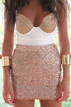 want this saboskirt dress so much