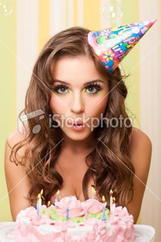 Create the perfect Sweet 16 birthday party with the fun ideas at Pink Frosting Parties. Sweet 16 Birthday, 16th Birthday, Happy Birthday Me, Birthday Fun, Sweet 16 Pictures, Adult Cake Smash, Pink Frosting, Birthday Photography, Birthday Cake Smash