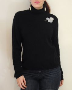 Love this oversized #cashmere turtle neck for a chic and casual look in the cold winter!