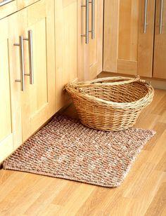 Yarnspirations.com - Lily Crochet Rug - Patterns    Yarnspirations
