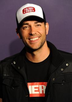 Zachary Levi at the 2011 San Diego Comic Con