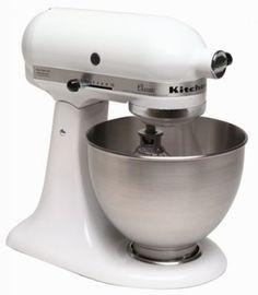 Batedeira KitchenAid K45SSWH K45SS Classic 275-Watt 4-1/2-Quart Stand Mixer, White #Batedeira #KitchenAid