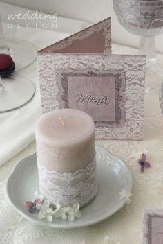 Romantic purple wedding decor with some lace, at Wedding Design Studio - Romantikus lila esküvői dekor csipkével, a Wedding Design bemutatótermében