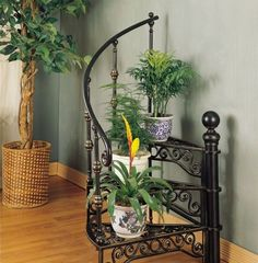 AtHomeMart Garden District Black and Gold Stairway Plant Stand House Plants Decor, Plant Decor, Indoor Plant Shelves, Indoor Plant Stands, Corner Plant, Modern Plant Stand, Wrought Iron Decor, Best Indoor Plants, Indoor Planters