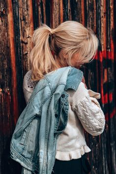 Wear this since ages & I still love it. #denimjacketoutfit #frühlingsoutfit #springstyle #springoutfit #springoutfitideas #springoutfitswomen Spring Outfits Women, Spring Fashion, Denim, How To Wear, Jackets, Fashion Spring, Down Jackets, Spring Couture, Jacket