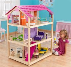 KidKraft So Chic Dollhouse - SensoryEdge - 1 I like the open area; room for more dolls and girls. I would like to try and make one with the girls.