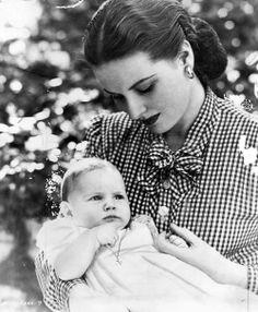 Maureen O'Hara with daughter Bronwyn