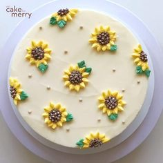 Cake Decorating Frosting, Cake Decorating Designs, Creative Cake Decorating, Cake Decorating Videos, Cake Decorating Techniques, Creative Cakes, Cake Designs, Cookie Decorating, Sunflower Cakes