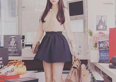 Love the skirt...^^