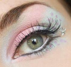 DIY Halloween Makeup : Pink Polka Dots