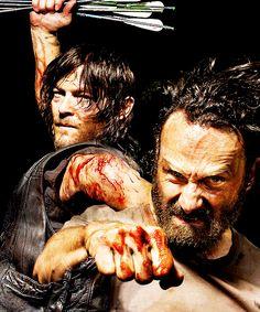 Daryl Dixon and Rick Grimes ~ The Walking Dead Walking Dead Tv Show, Walking Dead Zombies, Walking Dead Season, Fear The Walking Dead, Best Tv Shows, Best Shows Ever, Daryl And Rick, Walker Stalker, Raining Men