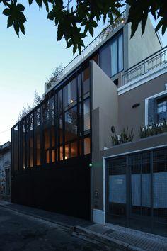 Edificio de Viviendas Agrupadas / Ana Smud + Estudio Rietti Smud