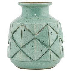 Avron Vase 20cm, Green $42. - RoyalDesign.com